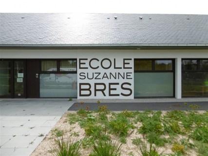 Lettres-peintes-Ecole-Bres-La-Glacerie