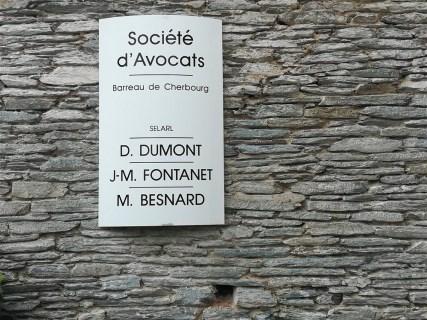 Enseigne-galbee-Dumont-Tourlaville