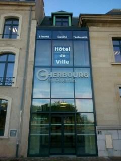 Lettres-Inox-Hotel-de-ville-Cherbourg-1