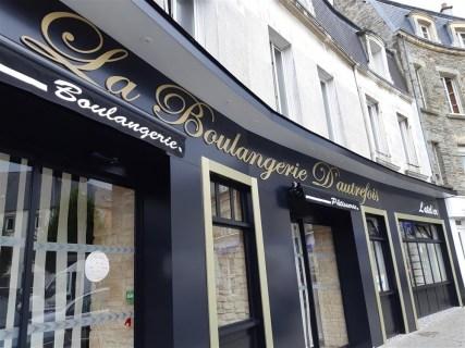 Lettres-PVC-Boulangerie-dautrefois-Cherbourg