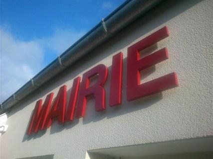 Lettres-PVC-Compact-Mairie-Maupertus-2