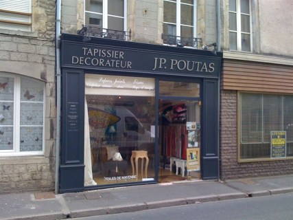 Lettres-PVC-Poutas-Valognes